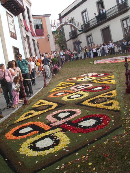Blumenornament, Fiesta del Corpus Cristi