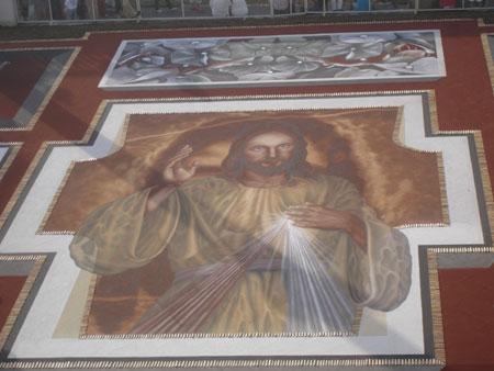 Herz Jesu Sandteppich, Fiesta del Corpus Cristi