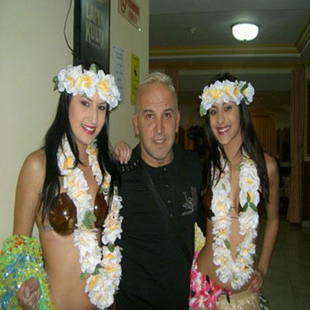 Angel und die Hawaianerinnen
