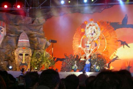 Anwärterin für den Titel der Karnevalskönigin 2009