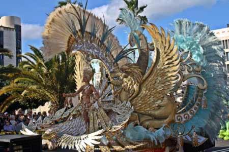 Wunderschönes Karnevalskostüm