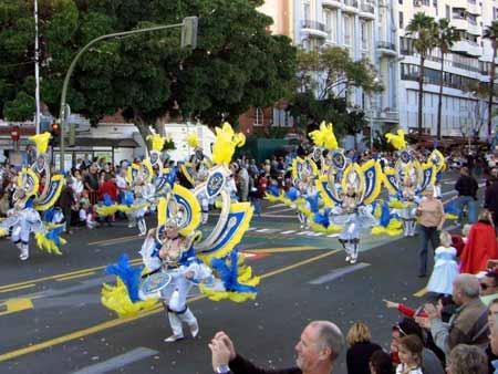 Tanzende Parade Karneval