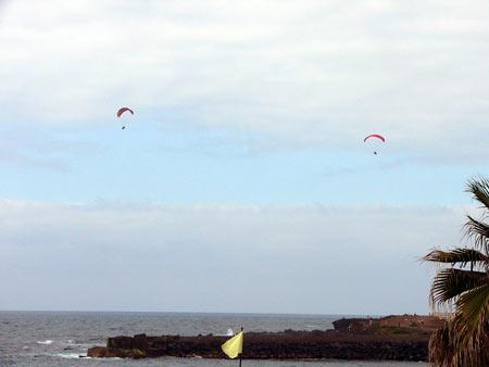 Paragliding Playa Jardin in Puerto de la Cruz