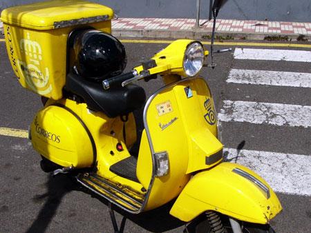 Post-Moto, Vespa!