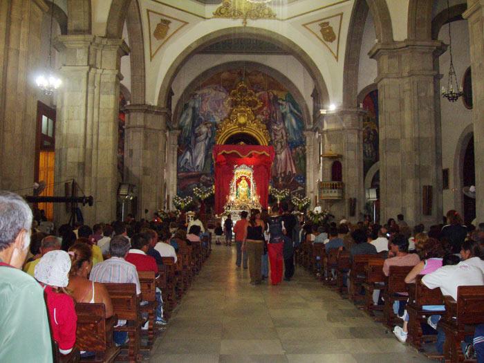 Inneres der Kirche in Candelaria