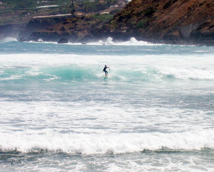 Wellenreiten, Playa Martiánez in Puerto de la Cruz