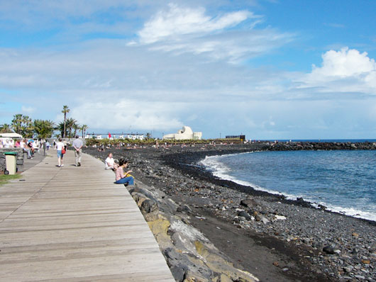 Wellen in Punta Brava, Puerto de la Cruz - Teneriffa