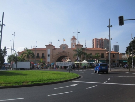 Brücke Eingang Markthallen